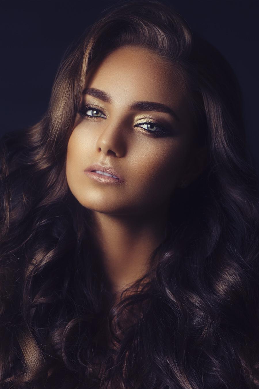 Beauty-Exclusive-Black-Beauty-