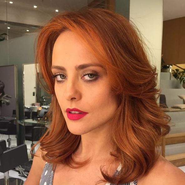 Juliana-Silveira- nova cor de cabelo-ruivo