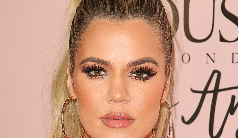 Khloé Kardashian-The Falsies-Mascara-Maybelline