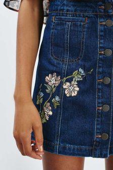 trends-bordado-saia-jeans