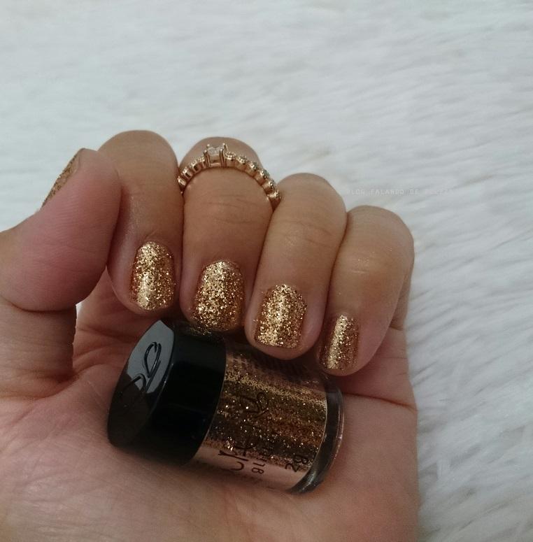 unhas-carnaval-glitter-dourado-vult-2