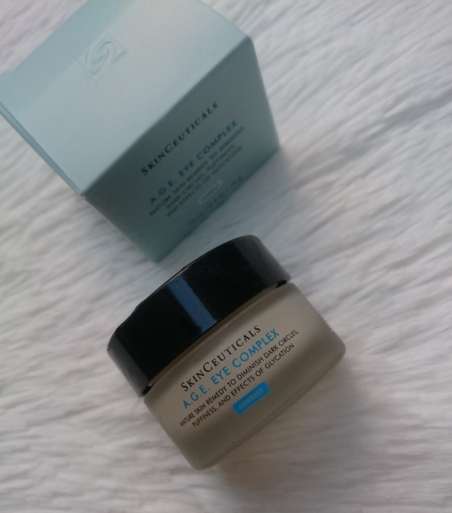 Age-Eye-Complex-SkinCeuticals-pele-olhos