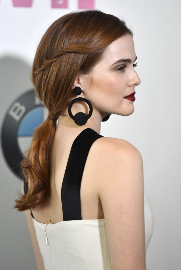 Zoey-Deutch-Hair-Crystal-Lucy-Awards