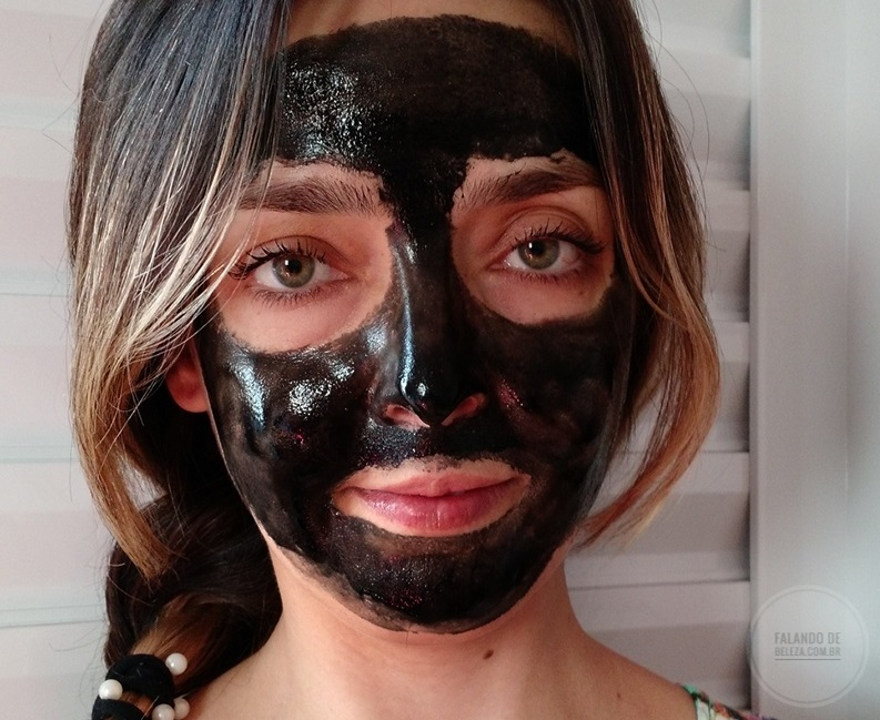 Charcoal-Mask–Dermage-máscara-facial-purificadora-carvão-vegetal